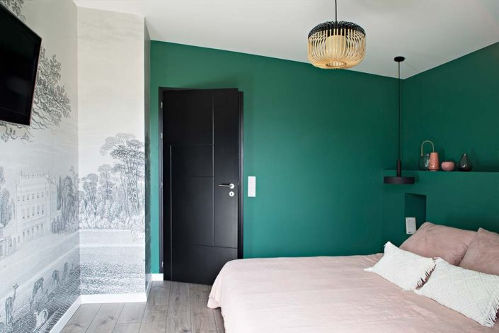 Caroline-Desert-Decoratrice-interieur-Rennes-Paris-chambre-mur-vert-emeraude-gahard10