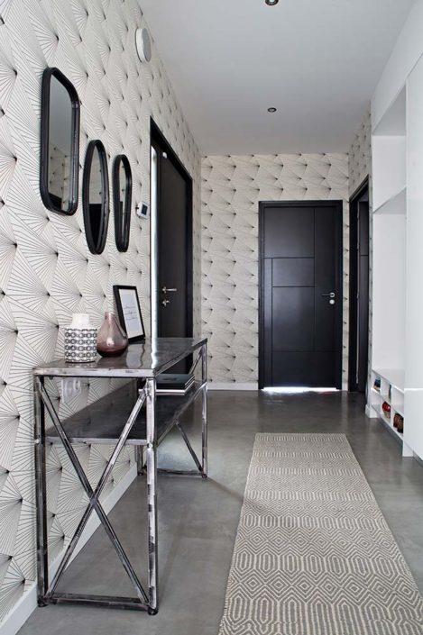 Caroline-Desert-Decoratrice-interieur-Rennes-Paris-entree-papier-peint-fan-geometrique-gahard6