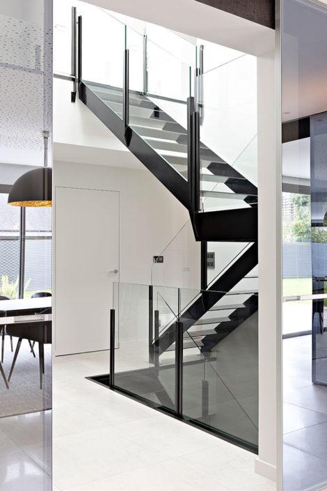 Caroline-desert-decoration-interieure-rennes-paris-maison-contemporaine-escalier-metal-8