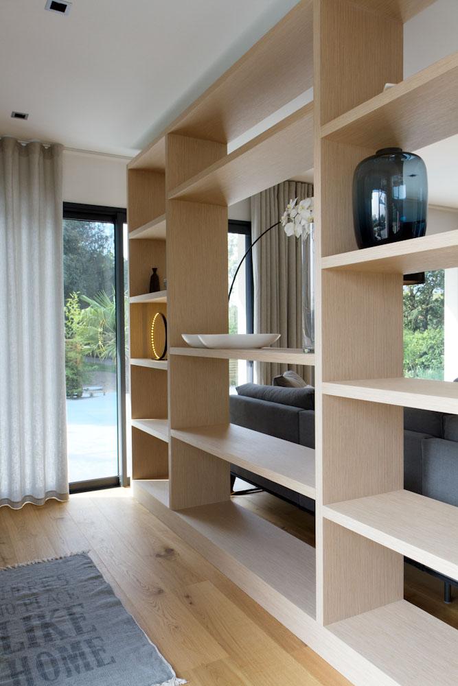 une maison contemporaine moign 35 caroline desert. Black Bedroom Furniture Sets. Home Design Ideas