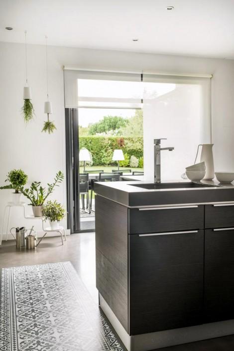 caroline-desert-decoratrice-interieur-cuisine-tapis-effet-carreaux-de-ciment-2