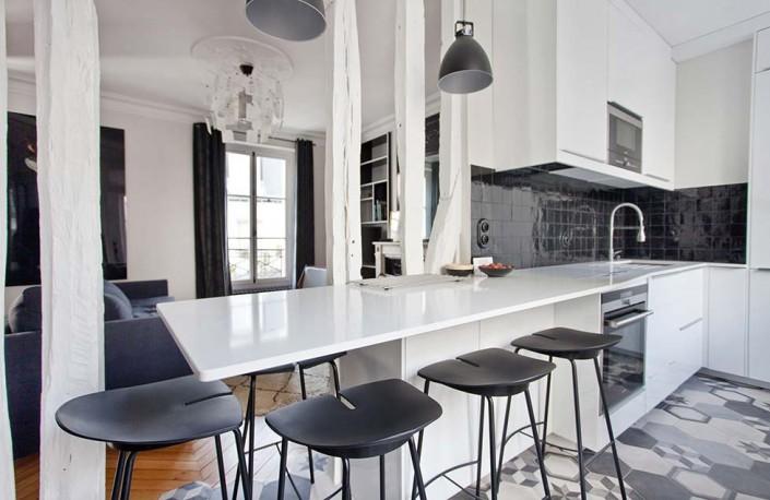 caroline-desert-decoratrice-interieur-cuisine-contemporaine-blanche-et-noire-7-ter