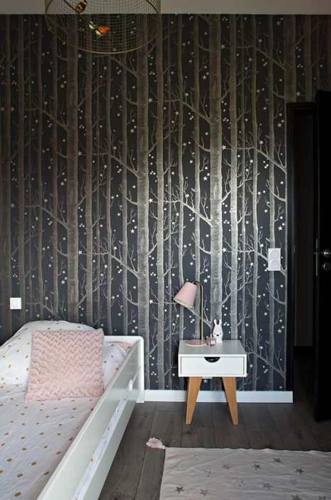 Caroline-Desert-Decoratrice-interieur-Rennes-Paris-chambre-papier-peint-wood-stars-gahard8