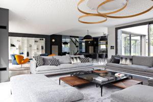 Caroline-desert-decoration-interieure-rennes-paris-maison-contemporaine-canape-zanotta-1
