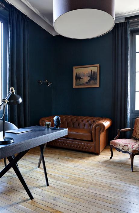 Caroline-desert-decoratrice-interieur-bureau-peinture-hague-blue-13