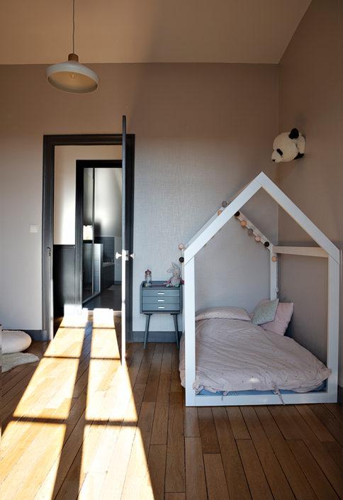 Caroline-desert-decoratrice-interieur-chambre-fille-16