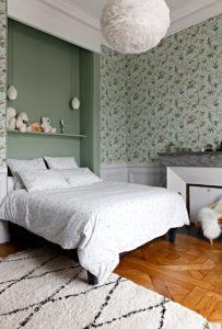 Caroline-desert-decoratrice-interieur-rennes-18-chambre-enfant-papier-peint-oiseau